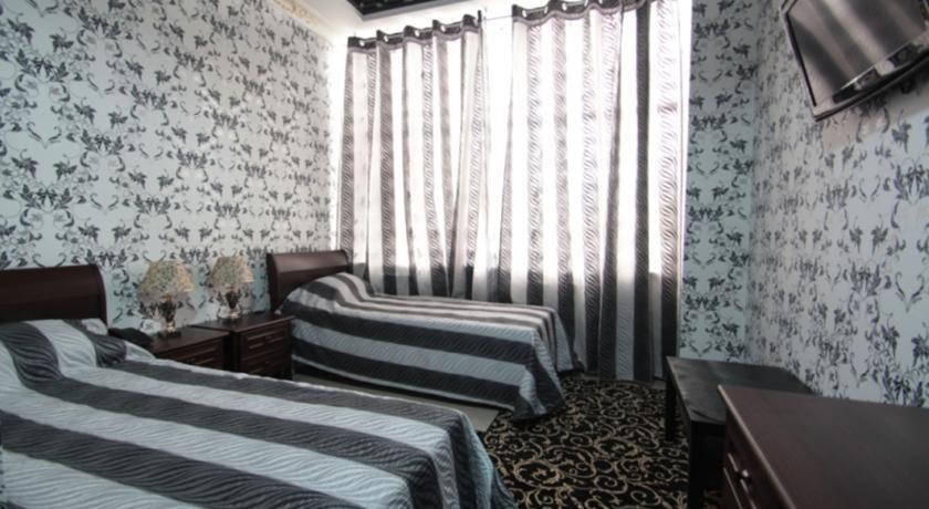 Фото номер Frant Palace Двухместный номер с 2 отдельными кроватями