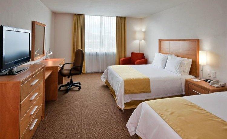 Хорошо развитая инфраструктура отелей позволяет гостям отдохнуть с пользой и интересом даже тогда, когда непогода за окном меняет планы.