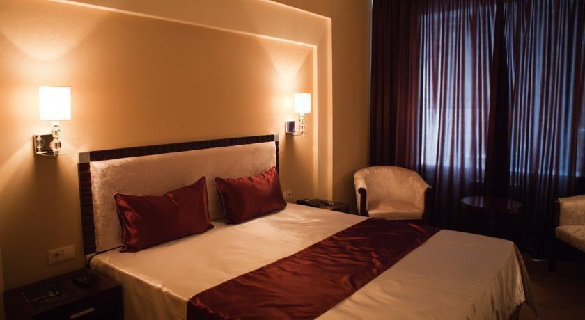 Фото номер Бизнес Отель Абникум Одноместный номер бизнес-класса