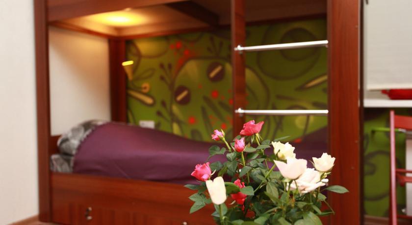 Фото номер Хостел FunKey Hostel Кровать в общем 6-местном номере