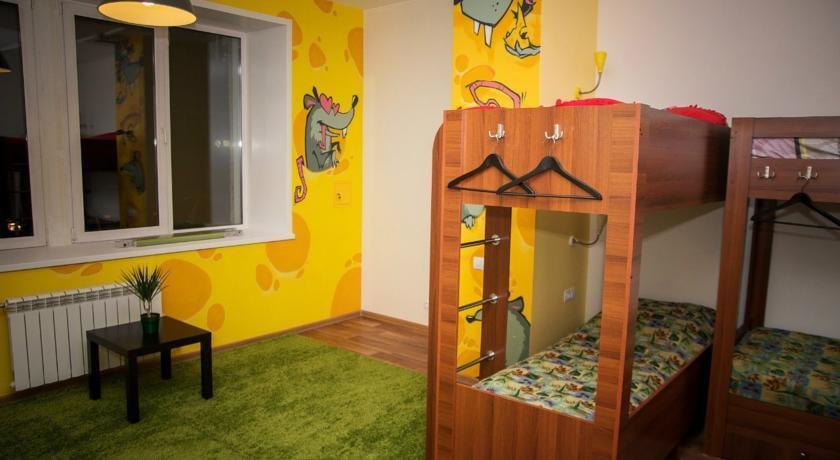 Фото номер Хостел FunKey Hostel Кровать в общем 6-местном номере для женщин