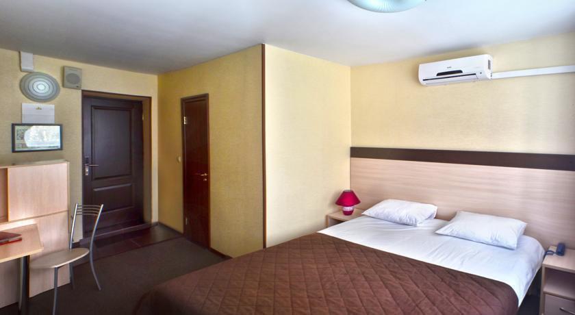 Фото номер СИТИ Отель Новосибирск Стандартный двухместный номер с 1 кроватью или 2 отдельными кроватями