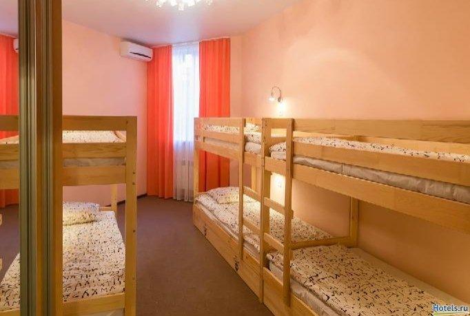 Фото номер Парк хостел Кровать в общем женском номере с 6 кроватями