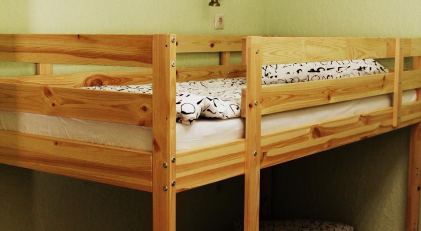 Фото номер Парк хостел Кровать в общем четырехместном номере