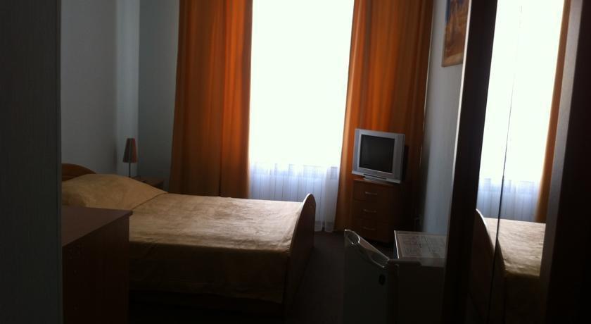 Фото номер Ника Бюджетный двухместный номер с 1 кроватью