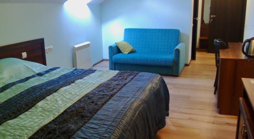 Фото номер Губерния Двухместный номер с 1 кроватью или 2 отдельными кроватями + дополнительной кроватью