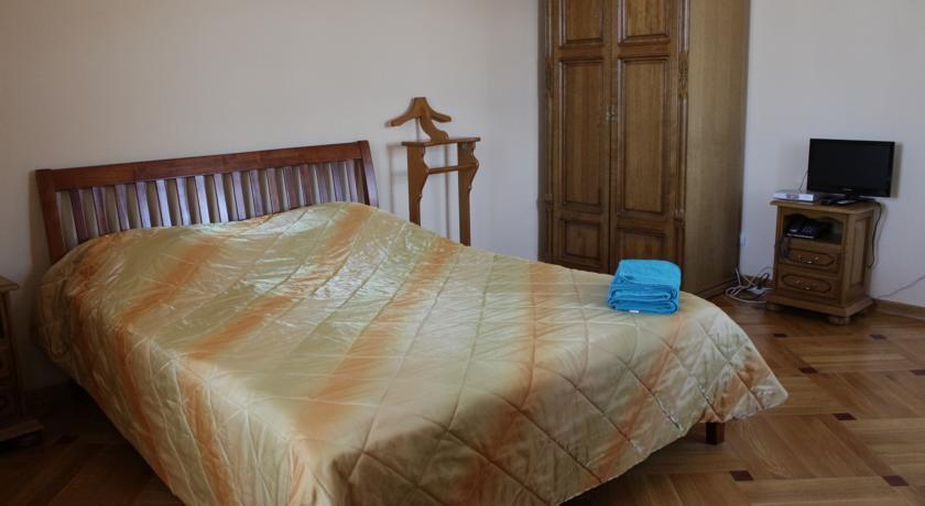 Фото номер Паломнический Дом Соборный Двор Двухместный номер с 1 кроватью