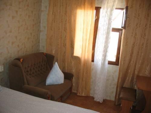 Фото номер Guest House Velta Стандартный трехместный номер