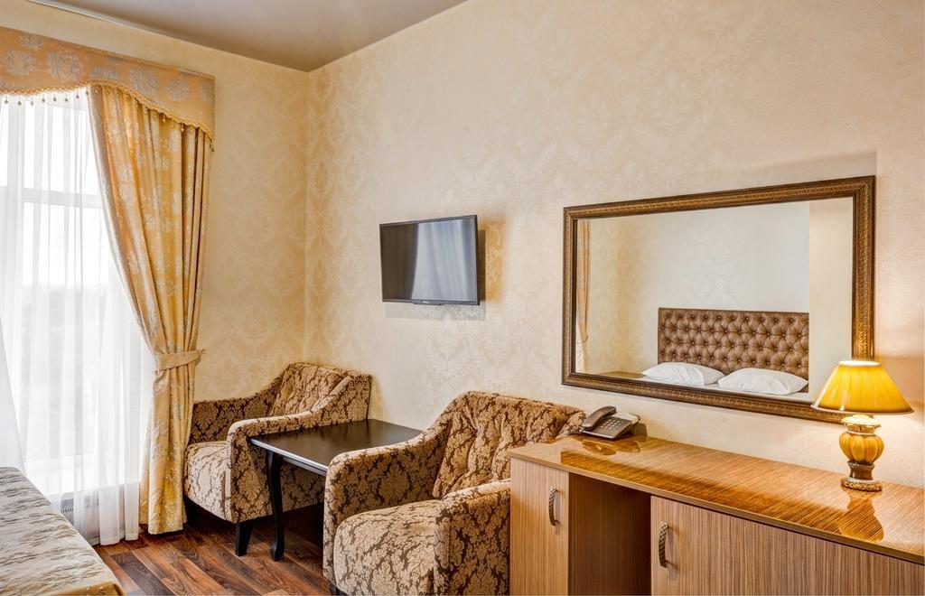Фото номер Франт Отель Наири Двухместный номер «Комфорт» с 1 кроватью