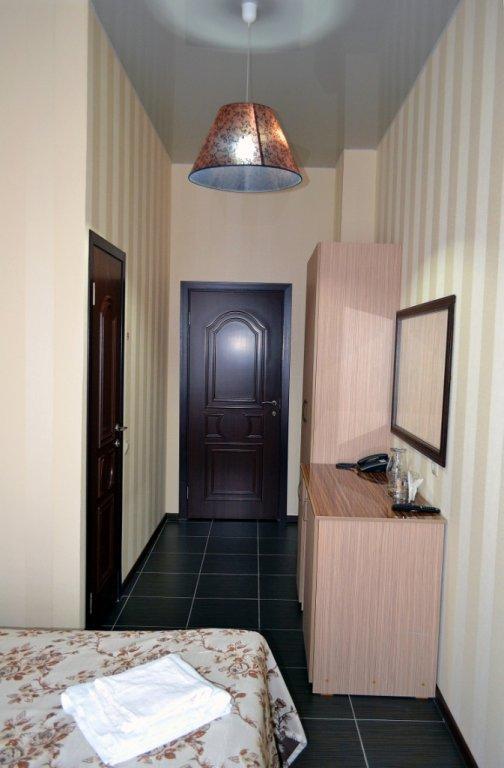Фото номер Франт Отель на Нефтяном Двухместный (Комфорт Double)