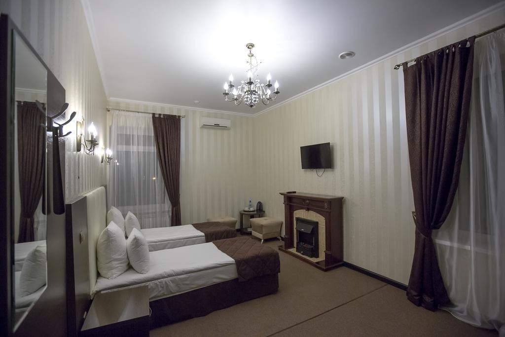 Фото номер Рест Хаус Двухместный номер с 1 кроватью или 2 отдельными кроватями