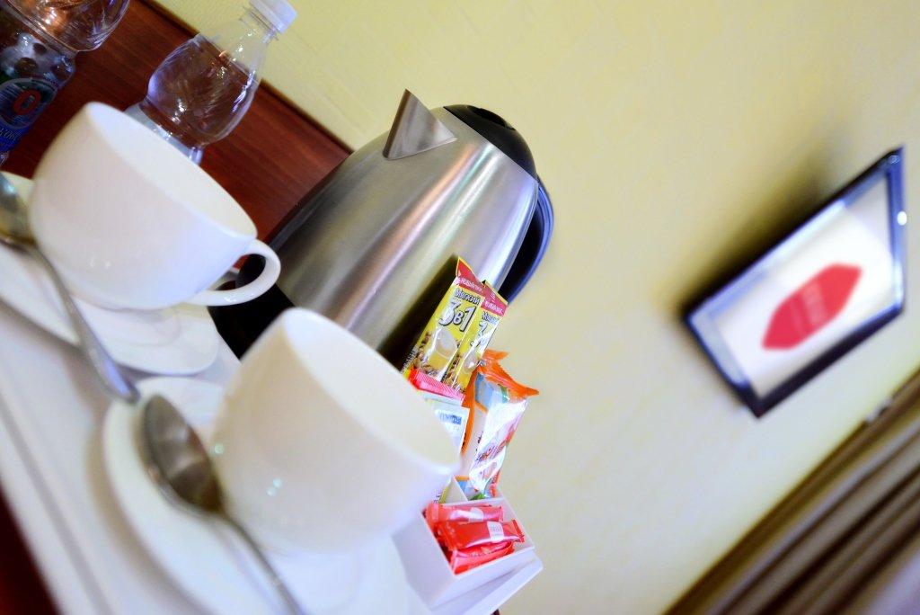 Фото номер Отель Южный Двухместный Стандарт