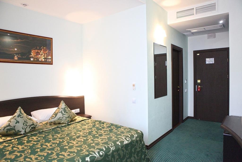 Фото номер Ринг Двухместный номер «Комфорт» с 1 кроватью