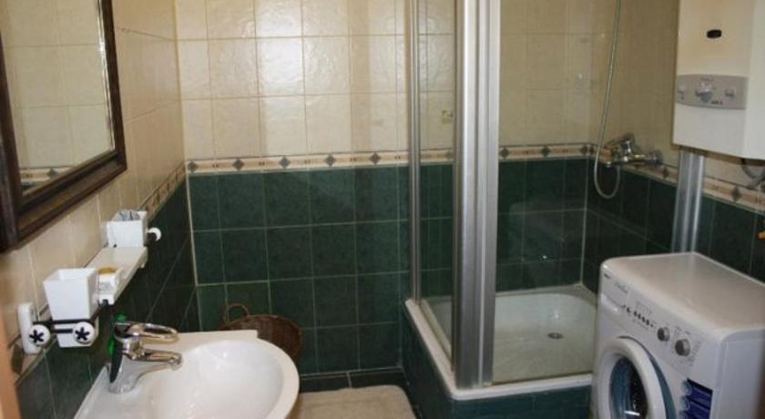 Фото номер Апартаменты на Аллее Героев Апартаменты с одной спальней для 3 взрослых