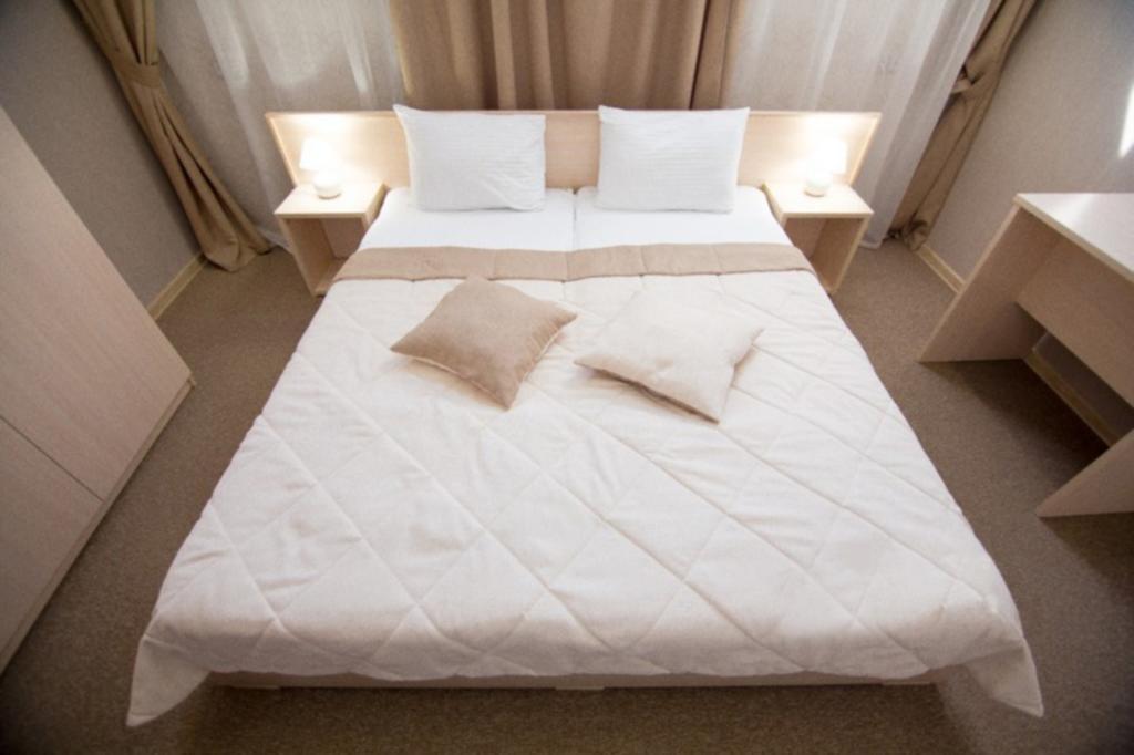 Фото номер Ламберт  Стандартный двухместный номер с 1 кроватью