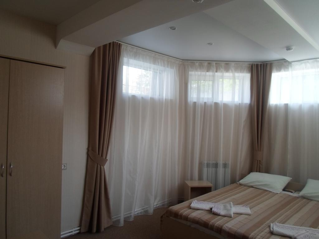 Фото номер Ламберт Бюджетный двухместный номер с 1 кроватью
