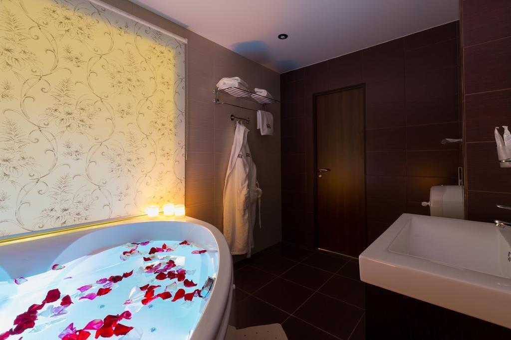 Фото номер СИТИ Отель Новосибирск Люкс для новобрачных