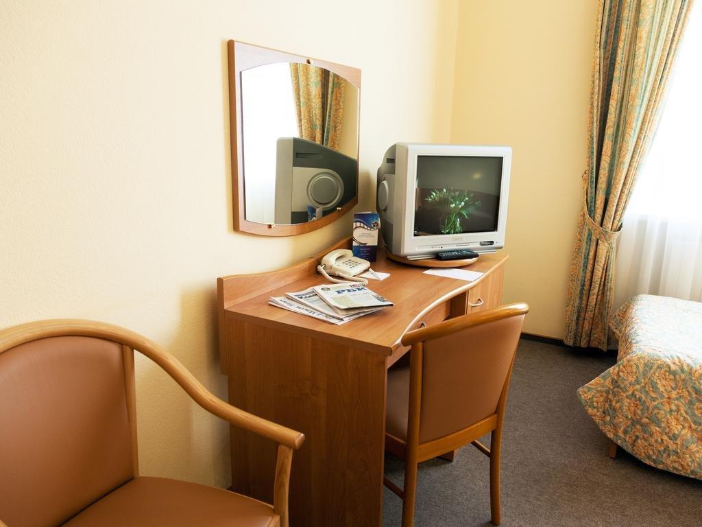 они такие, заря гостиница москва фото саула