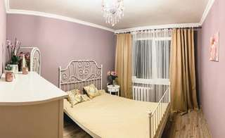Апартаменты Cosy and Charming apartment