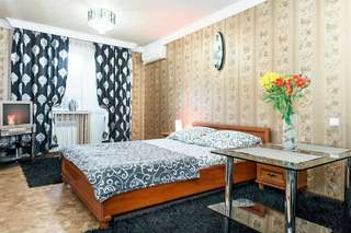 Апартаменты Apartment on Nezalezhnoy Ukrаiny near Intourist Hotel