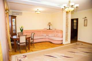 Апартаменты Lux apartment on Lermontova street with fireplace