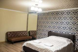 Апартаменты Apartment on Bukhar Zhirau 48