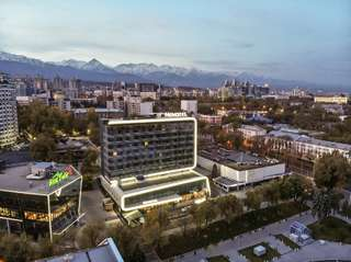 Отель Novotel Almaty City Center
