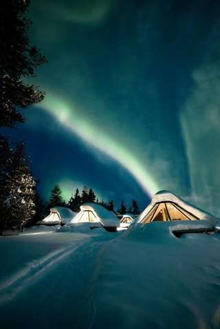 Отель Wilderness Hotel Muotka & Igloos